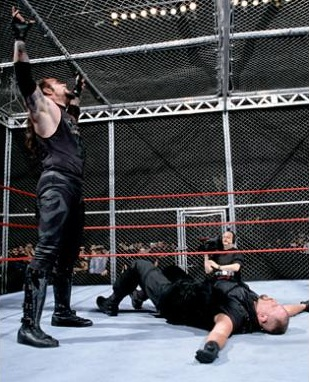 WWE: The Undertaker y las 12 veces que peleó en la temible ...