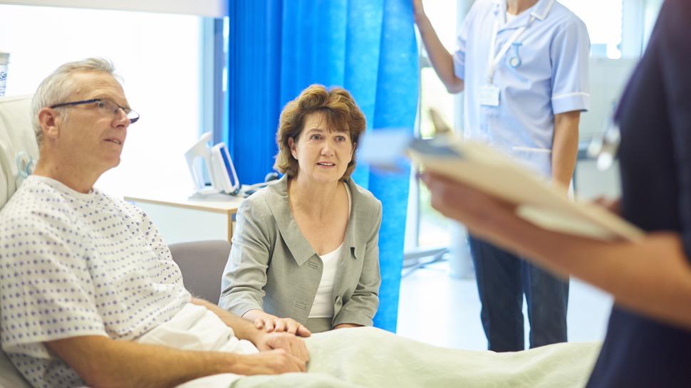 Conoce los pros y contras del trasplante de médula ósea
