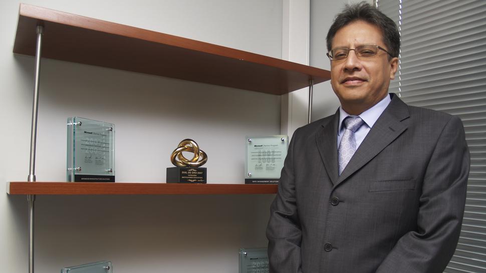 JULIO CÁRDENAS OLAYA – Director Académico de Cibertec
