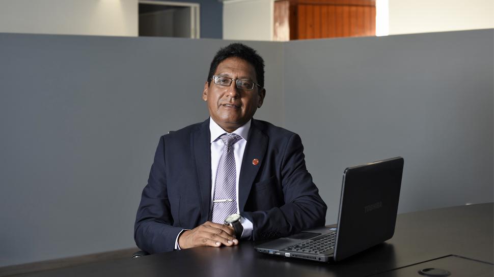 VICTOR ARRIOLA – Asesor industrial externo