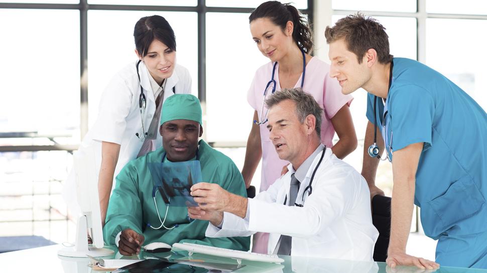 9 especialidades que un médico puede ejercer